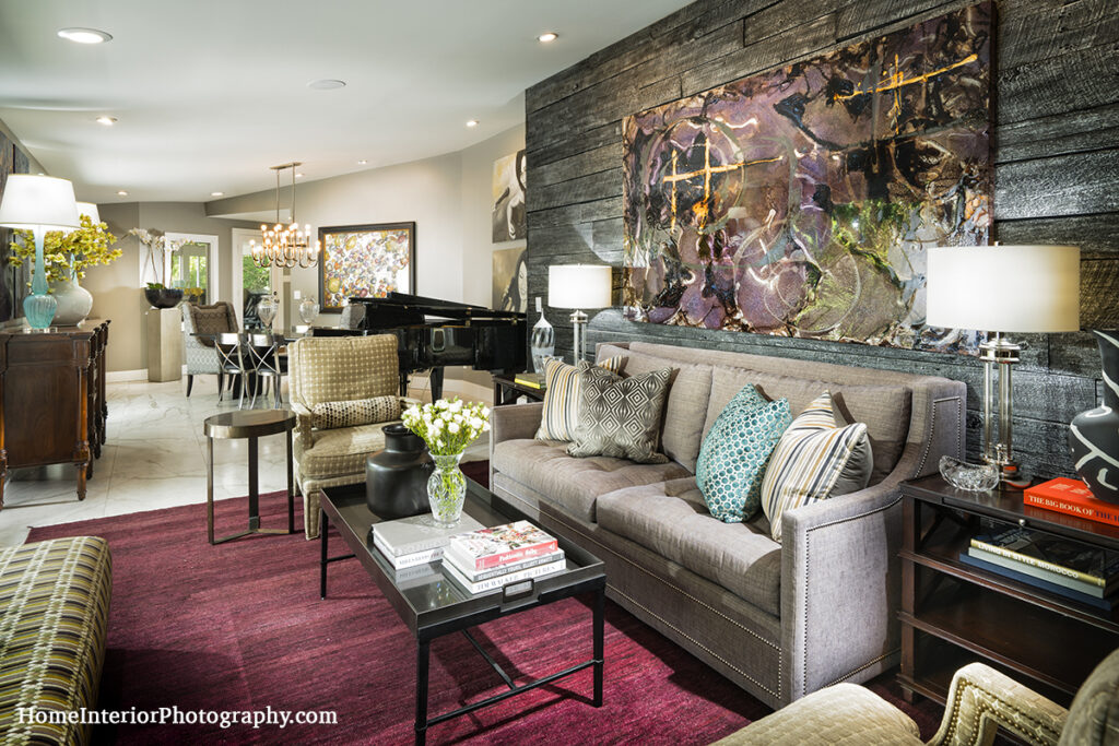 Art Living Room with Barn Wood Accents - Nathan Taylor - design interior photography