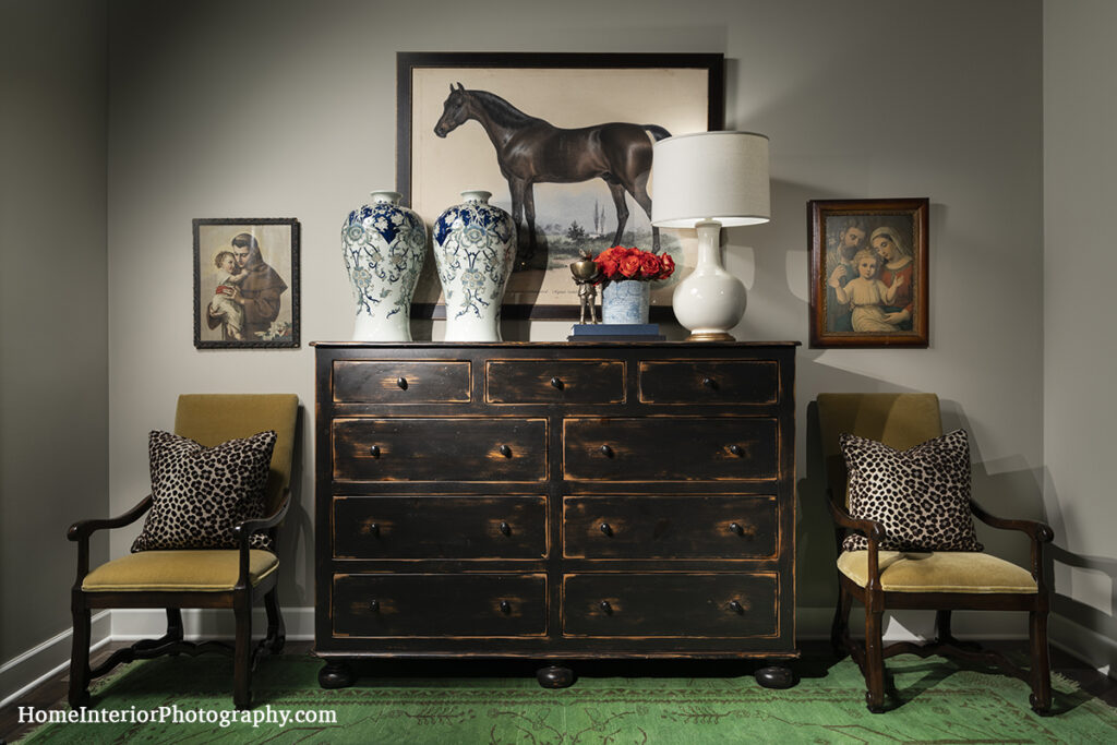 Entry Way Wood Cabinet and Horse Painting - Nathan Taylor - design interior photography