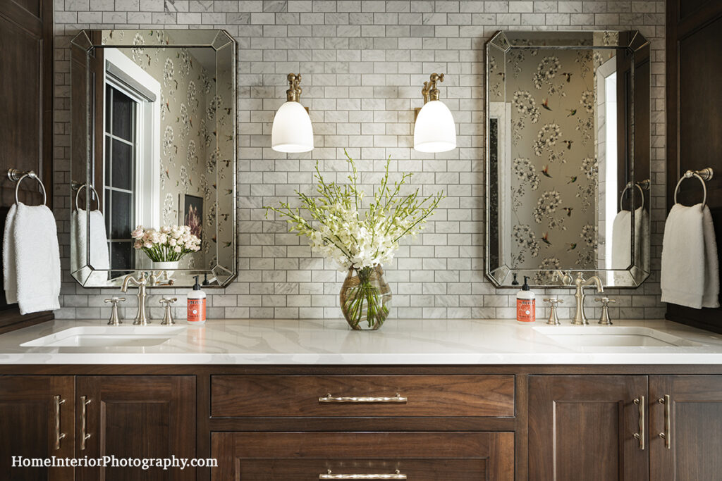 Bathroom Double Vanity with Tile Back Splash - Nathan Taylor - design interior photography