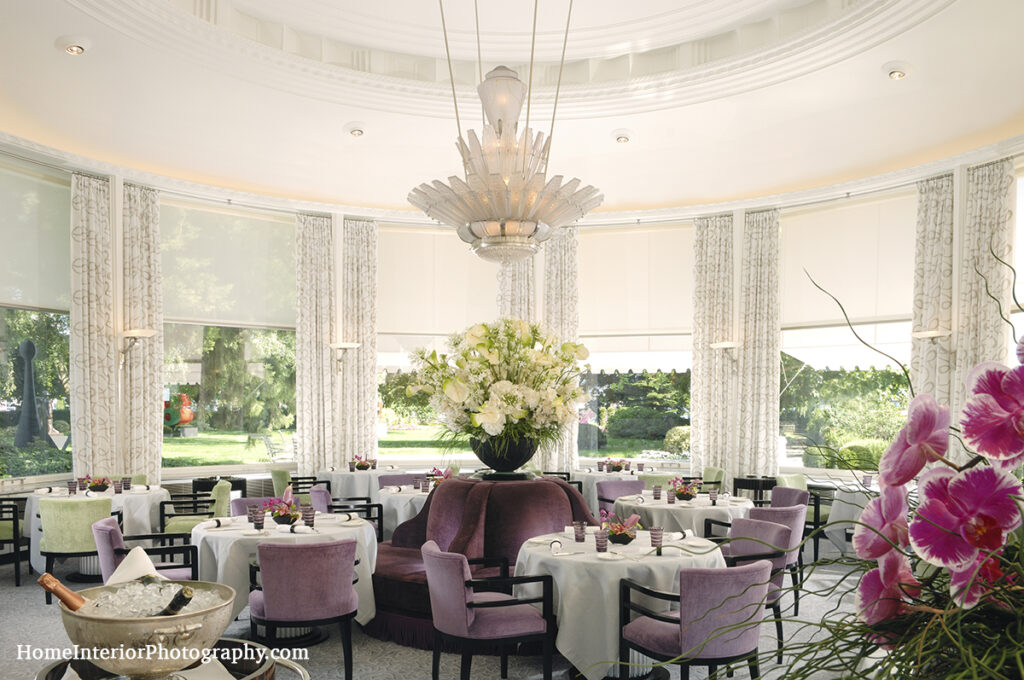 Pavillon Main Dining Room with Lalique Chandelier - design interior photography