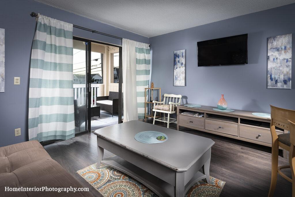 airBNB livingroom